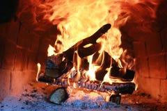 在烤箱的火焰火 免版税图库摄影