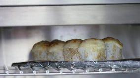 在烤箱的热的寿司 免版税库存照片