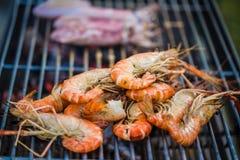 在烤肉的烤大虾折磨在游园会 免版税图库摄影