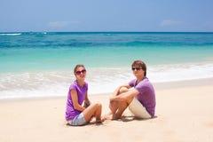 在热带巴厘岛的新美好的夫妇 免版税库存图片