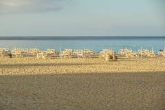 在热带海滩的艺术美好的日出 免版税库存照片