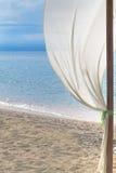 在热带海滩的装饰 免版税库存照片