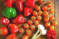 在烹调前的新鲜蔬菜 免版税库存图片