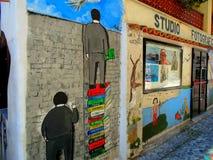 在照片演播室附近的被绘的墙壁 库存照片