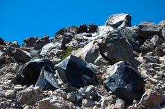 在熔岩荒野的黑曜石 库存照片