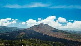 在爆发以后的登上Batur 免版税库存照片