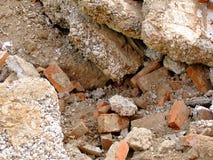 在爆破以后的瓦砾 免版税图库摄影