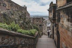 在爱丁堡城堡里面,苏格兰,英国复杂区域的走道  免版税库存照片