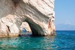 在爱奥尼亚海的蓝色洞 库存图片