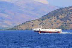 在爱奥尼亚海的水翼艇,希腊 图库摄影