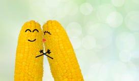 在爱的夫妇玉米 图库摄影