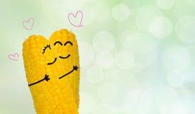 在爱的夫妇玉米 免版税库存照片