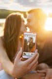 在爱的夫妇,接近的selfie照片 免版税图库摄影