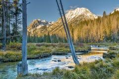 在爱达荷的山的山小河 库存照片