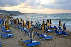 在爱琴海的海岸的海滩 免版税库存照片