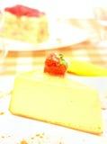在牌照的乳酪蛋糕 库存图片