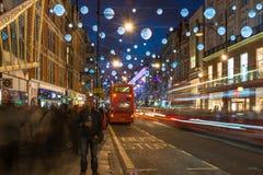 在牛津街,伦敦,英国的圣诞灯 库存照片