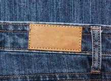 在牛仔裤的空白的标签 免版税库存图片