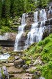 在特伦托自治省,意大利白云岩的Vallesinella瀑布  免版税图库摄影