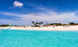 在特克斯和凯科斯群岛的海滩 图库摄影