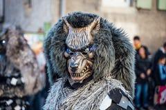 在特写镜头的狂欢节面具在德国街道 库存照片