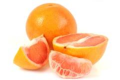 在特写镜头的葡萄柚在白色背景 免版税库存图片
