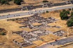 在特奥蒂瓦坎,墨西哥古老阿兹台克的废墟  免版税库存图片