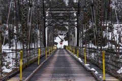 在特拉华河的历史的池塘漩涡桁架桥 库存图片
