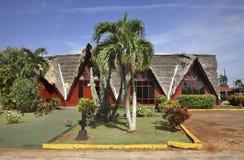 在特立尼达镇附近的大厦 古巴 库存照片