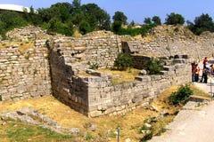 在特洛伊的墙壁,荷马传奇镇  库存照片