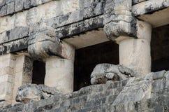 在状况法院的捷豹汽车寺庙在奇琴伊察 库存照片