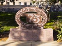 75在状态国会大厦-俄克拉何马市-俄克拉何马- 2017年10月18日的第60或第75周年纪念俄克拉何马 库存图片