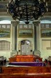 在犹太教堂里面的天花板 库存照片