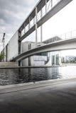在狂欢河,柏林的伟大的桥梁 免版税图库摄影