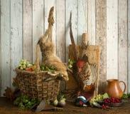 在狩猎静物画的死的野兔 免版税库存图片