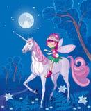 在独角兽的森林小的神仙的骑马 免版税图库摄影