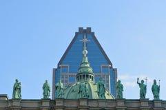 在玛丽大教堂大教堂的雕象在蒙特利尔, 库存图片