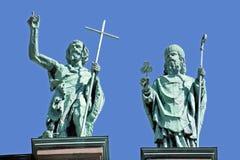 在玛丽,世界的女王/王后大教堂大教堂的雕象  免版税库存照片