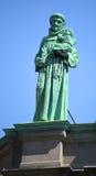 在玛丽,世界的女王/王后大教堂大教堂的雕象  库存图片