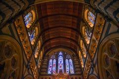在玛丽s st里面的大教堂 免版税图库摄影