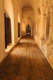 在玛哈Aungmye Bonzan修道院,缅甸的(Burmar)阿瓦的道路 库存图片