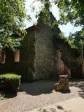在玛格丽特海岛上的老废墟 免版税库存照片