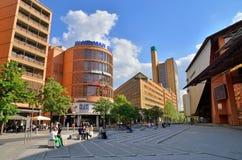 在玛莲娜・迪特里茜普拉茨的现代大厦在柏林 免版税库存照片