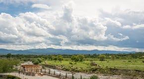 在玫瑰的谷,保加利亚的看法 免版税库存照片