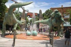 在环球影业新加坡的侏罗纪公园题材 免版税库存照片
