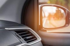 在现代汽车的内部自动空调系统 图库摄影