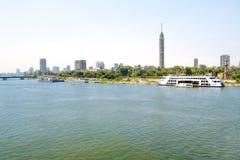 在现代开罗的看法从尼罗 库存照片
