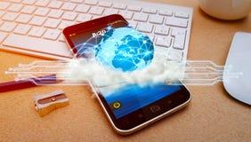 在现代手机的世界和云彩连接 库存照片