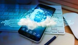 在现代手机的世界和云彩连接 图库摄影