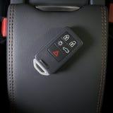 在现代汽车内部的无线汽车钥匙 库存图片